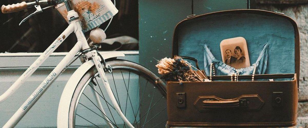 Contemporains, anciens ou, surtout, vintages, des objets de toutes les époques.